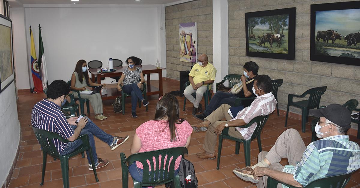Se comienza a crear la agenda conmemorativa del año Héctor Rojas Herazo: centenario de un creador.
